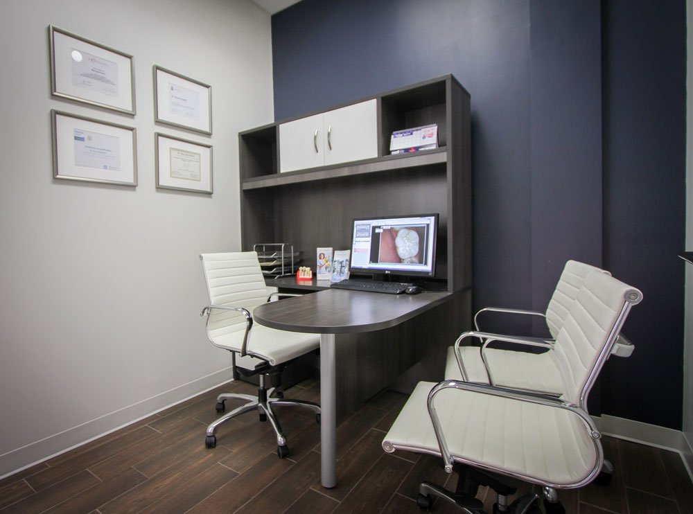 dentist desk oakville
